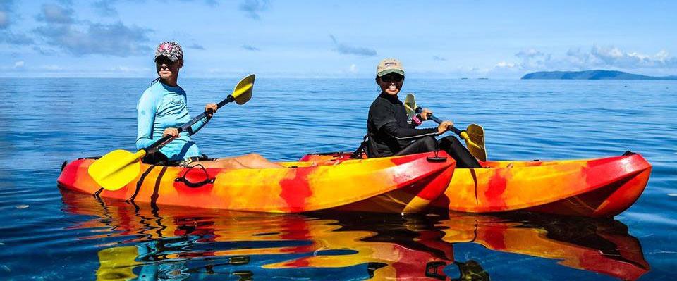 Kayaking-in-Papua-Paradise-Raja-Ampat