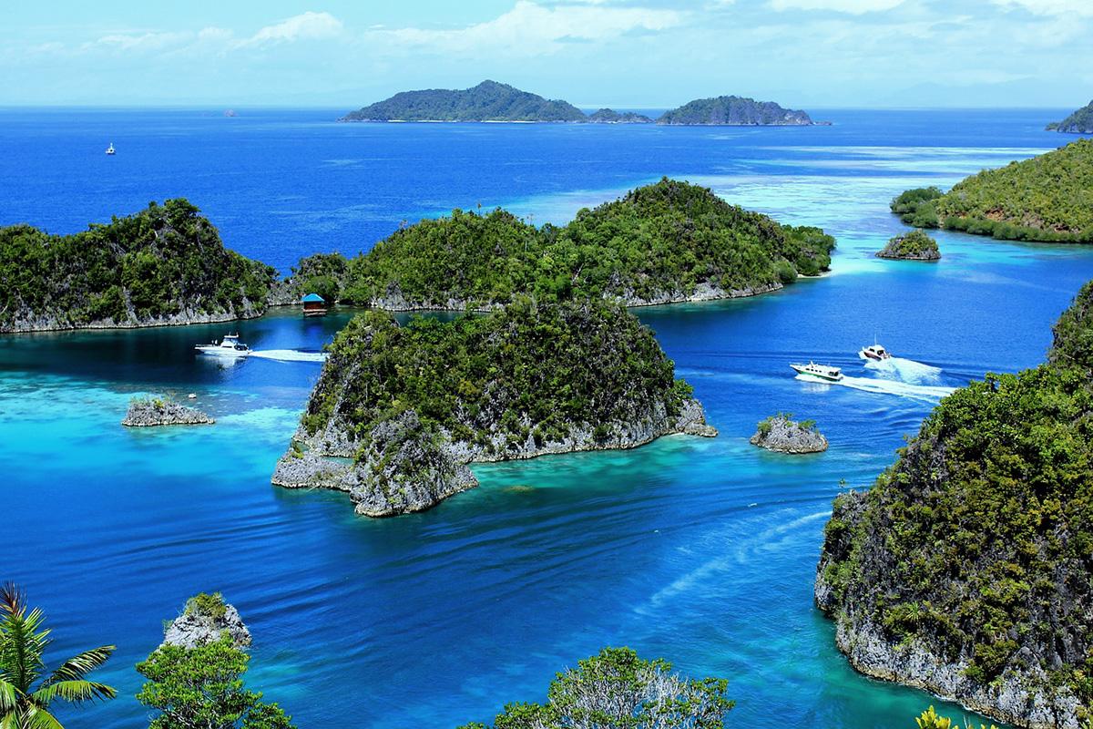 Piaynemo, Fam Islands, Raja Ampat, Indonesia